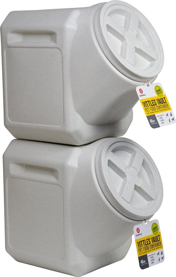 The Stackable Gamma2 Vittles Vault Food Storage For Horse